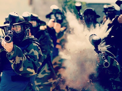 Full Day Paintballing with 1000 Free Paintballs and Lunch in London