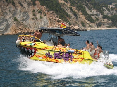 4 Hour Large Speedboat (The Beast) up to 15 People in Benidorm